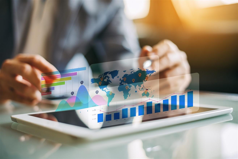 İnternet reklamcılığı, markanızın web sitesi trafiğini yada satışlarını arttırmak, doğru hedef kitleye mesajlarınızı ulaştırmak, hizmetlerinizi öne çıkarmak gibi birçok hedefte kullanılan harika bir pazarlama stratejisidir.